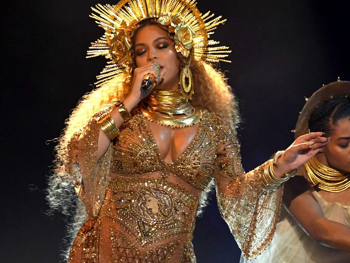 Beyonces Grammy Gown Inspired