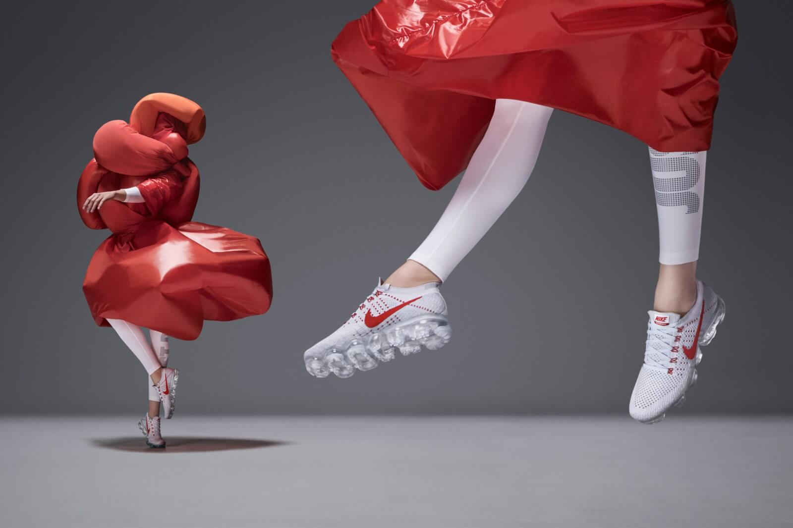 Nike Experiments In Style & Walks on Air