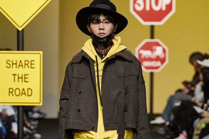 MUNSOO KWON's Look To Amish Culture for Fall 2017 Lookbook (3)