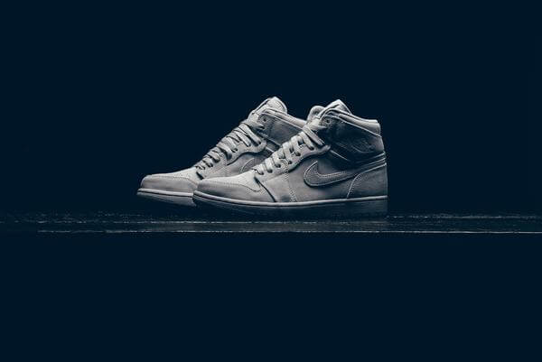 Air Jordan Retro High Gets The Wolf Grey