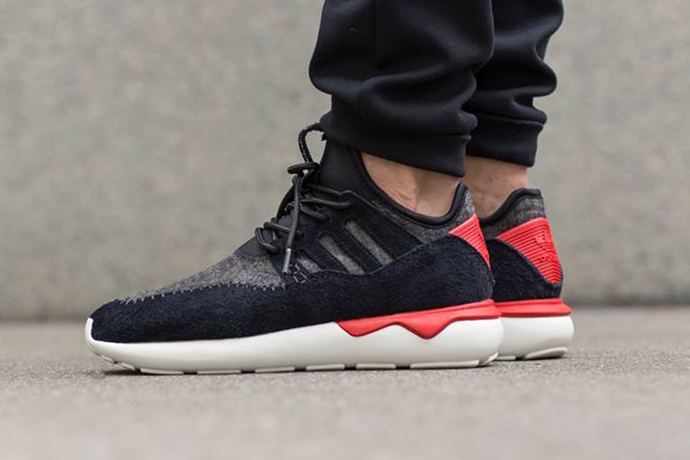 huge selection of 111ad 205e1 adidas Originals Tubular Moc Runner/Core Black/ Tomato ...