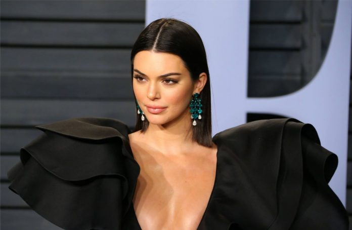 Dragged Kendall Jenner For Acne