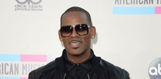 R Kelly Looks For A Miracle Through Michael Jacksons Old Criminal