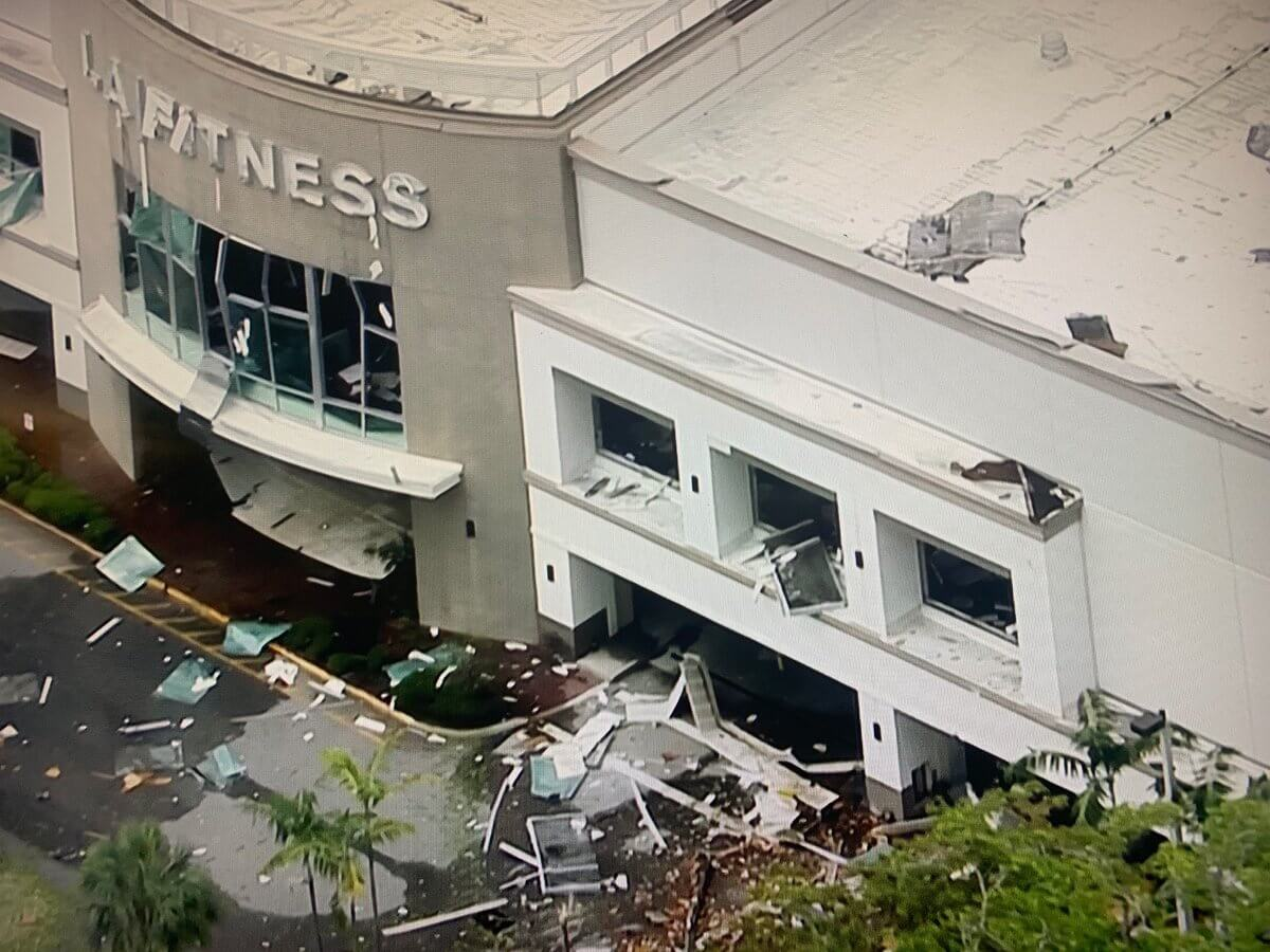 CBS MiamiFlorida Shopping Center Explosion