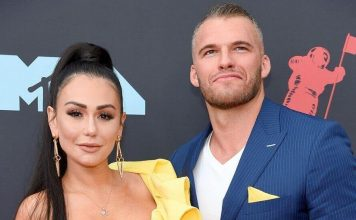 JWoww Calls It Quits With