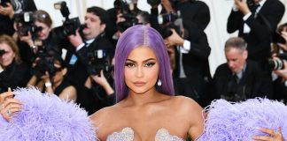 Kylie Jenner Shows Out Hailey