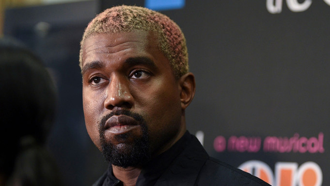 Kanye West Deletes Tweets