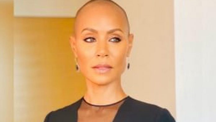 Jada-Pinkett rocks a new bold style for her 50th